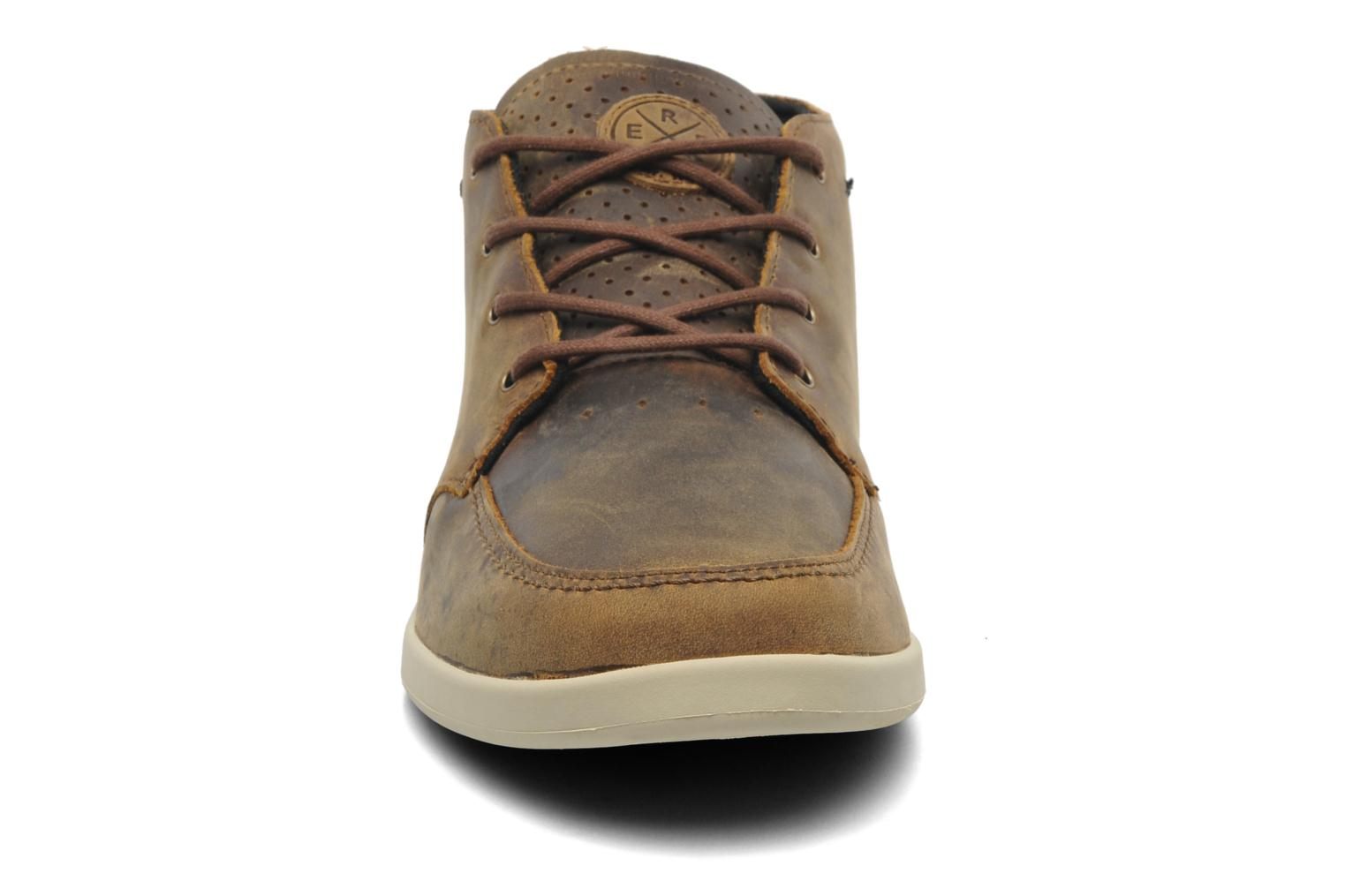 Baskets Reef Reef Spiniker Mid NB Marron vue portées chaussures