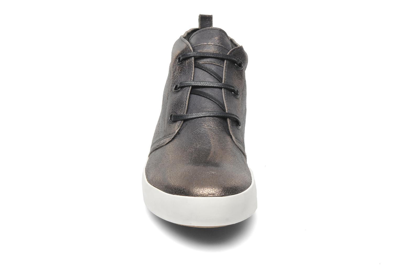 Baskets Eden Cahit Argent vue portées chaussures