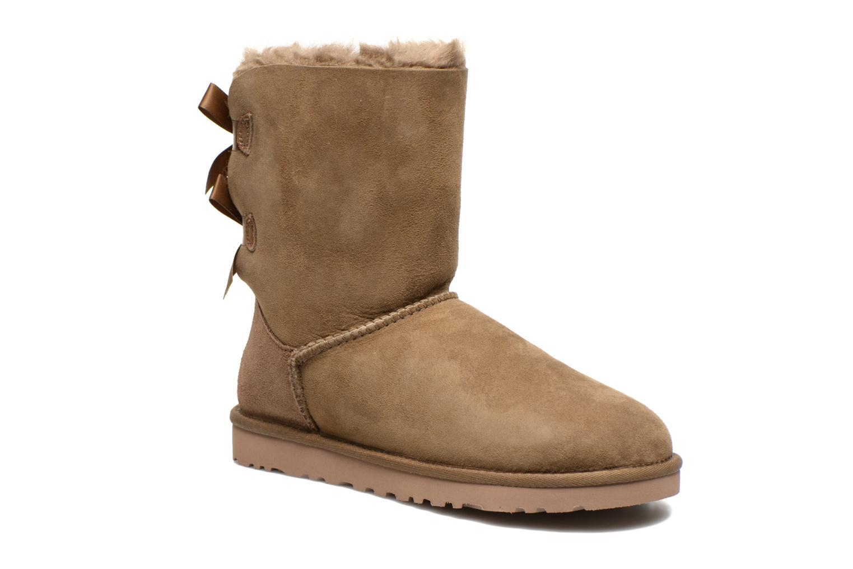Bottines et boots UGG Bailey Bow W Marron vue détail/paire