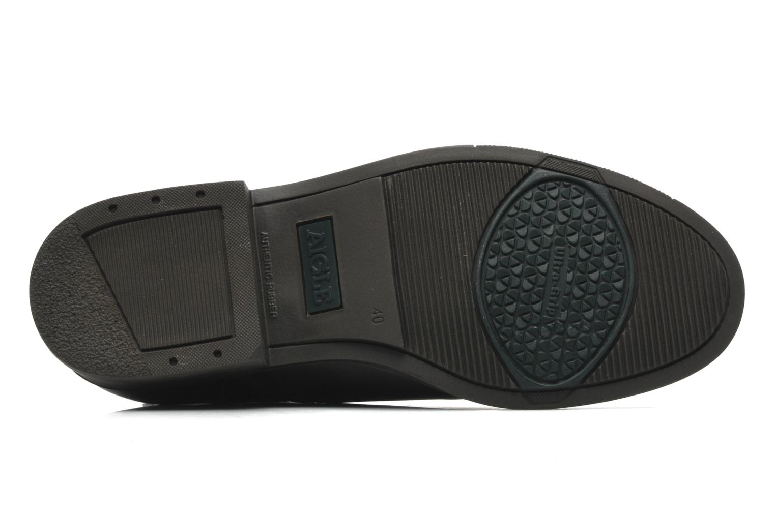 Sport shoes Aigle Orzac M Brown view from above
