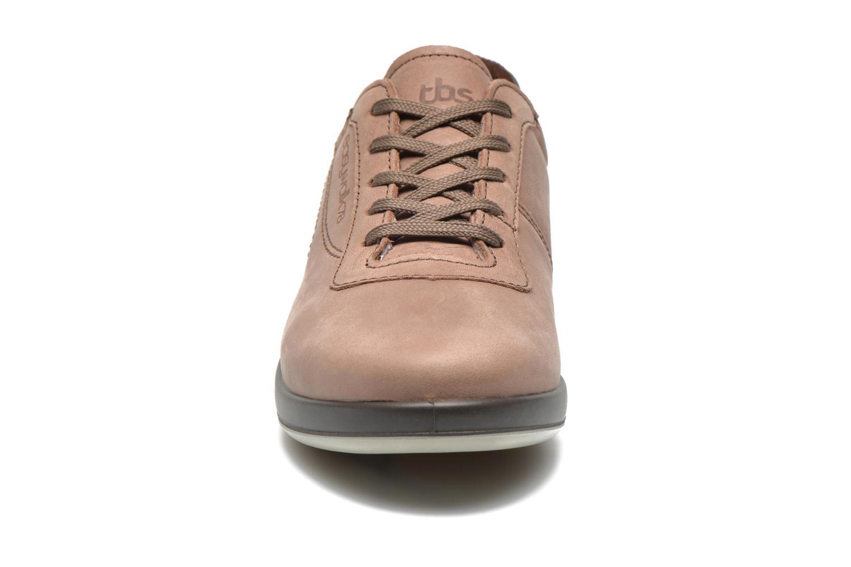 Sneaker TBS Easy Walk Anyway braun schuhe getragen