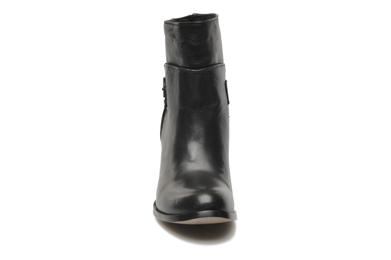 Bottes Georgia Rose Lamain Noir vue portées chaussures