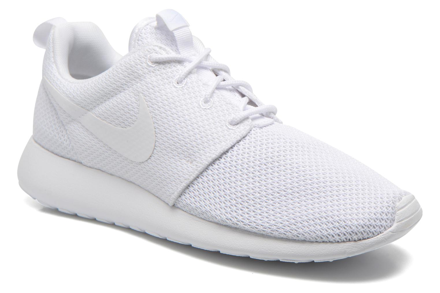Baskets Nike Nike Roshe One Blanc vue détail/paire