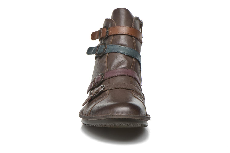 Bottines et boots Kickers WAXING Marron vue portées chaussures