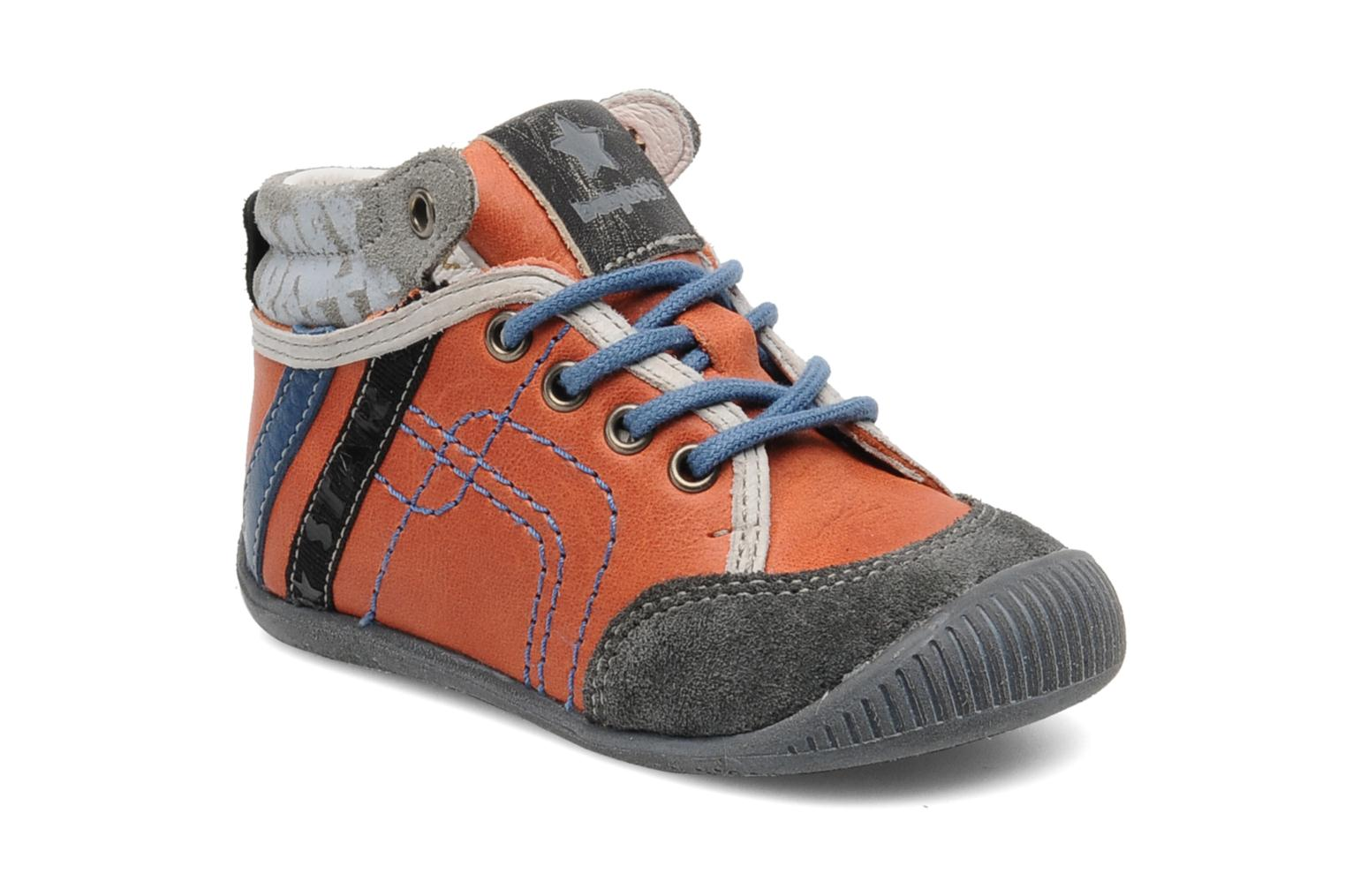 Trainers Babybotte Fenix Orange detailed view/ Pair view