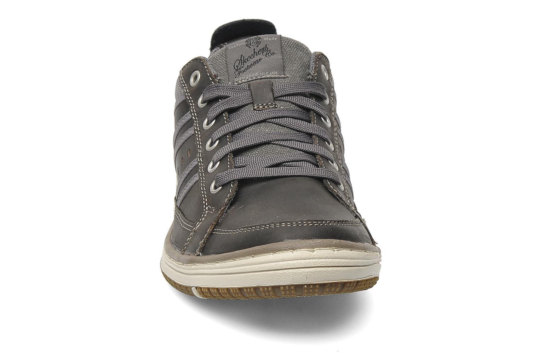 Sneaker Skechers Irvin Hamal 63418 grau schuhe getragen