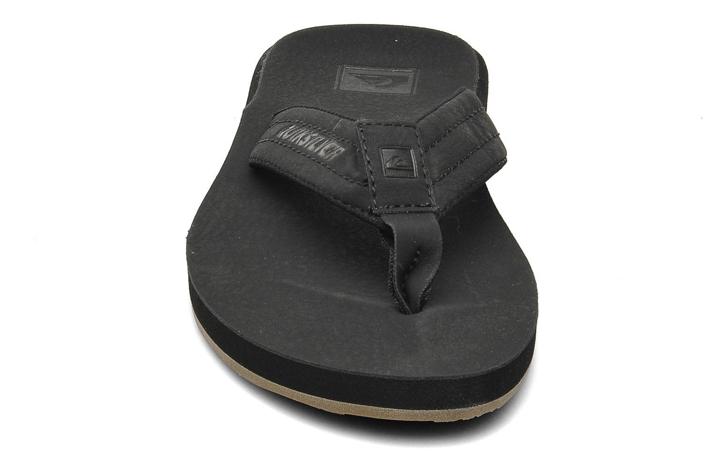 Carver Nubuck Solid black