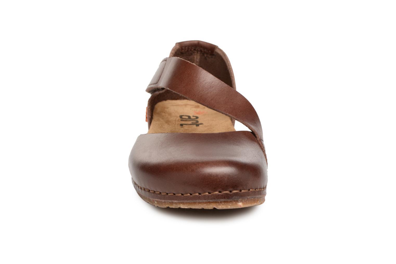 Creta 442 Brown