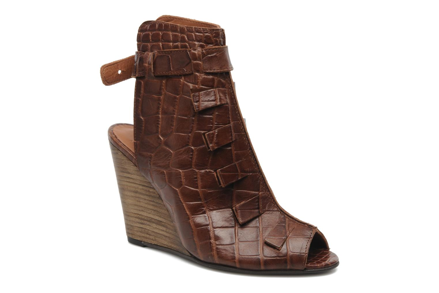 Thyone Cognac Croco
