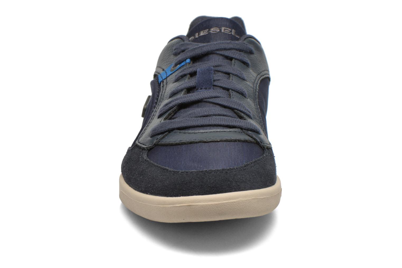 Baskets Diesel Starch Bleu vue portées chaussures