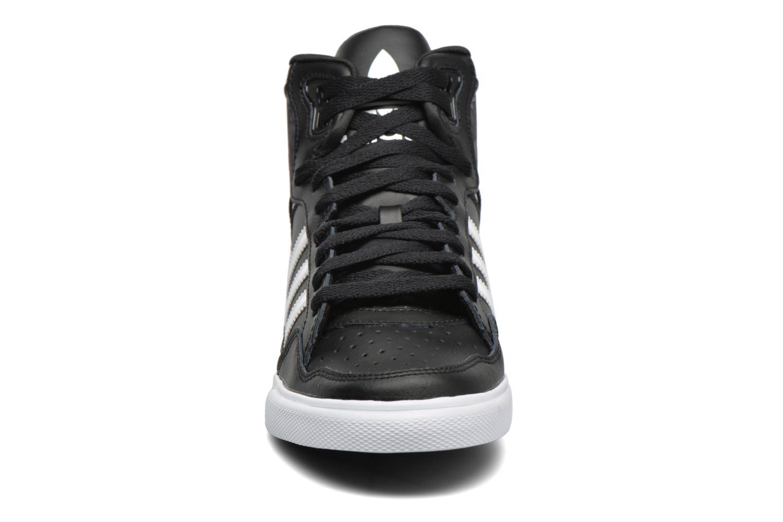 Baskets Adidas Originals Extaball W Noir vue portées chaussures