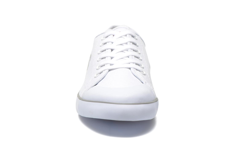 Baskets Levi's Venice Beach Low Blanc vue portées chaussures
