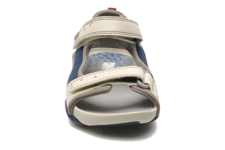 Sandales et nu-pieds Camper Ous Kids 80188 Beige vue portées chaussures