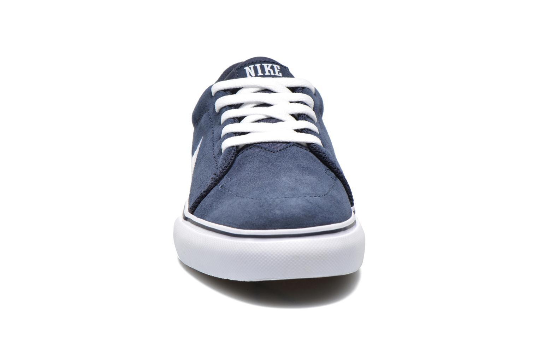 Baskets Nike NIKE SATIRE (GS) Bleu vue portées chaussures