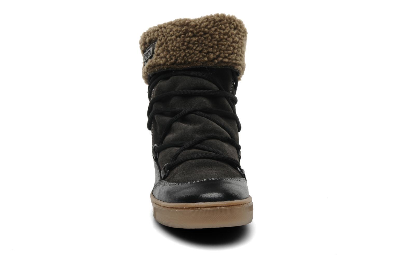 Bottines et boots Le temps des cerises Mountain Noir vue portées chaussures
