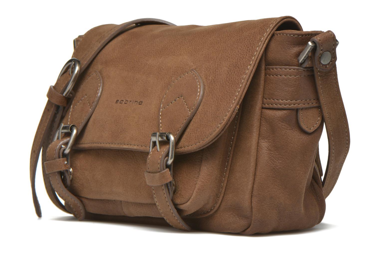 Handtaschen Sabrina Nicky braun schuhe getragen