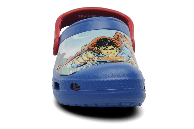 Sandales et nu-pieds Crocs CC Superman Clog Boys Bleu vue portées chaussures