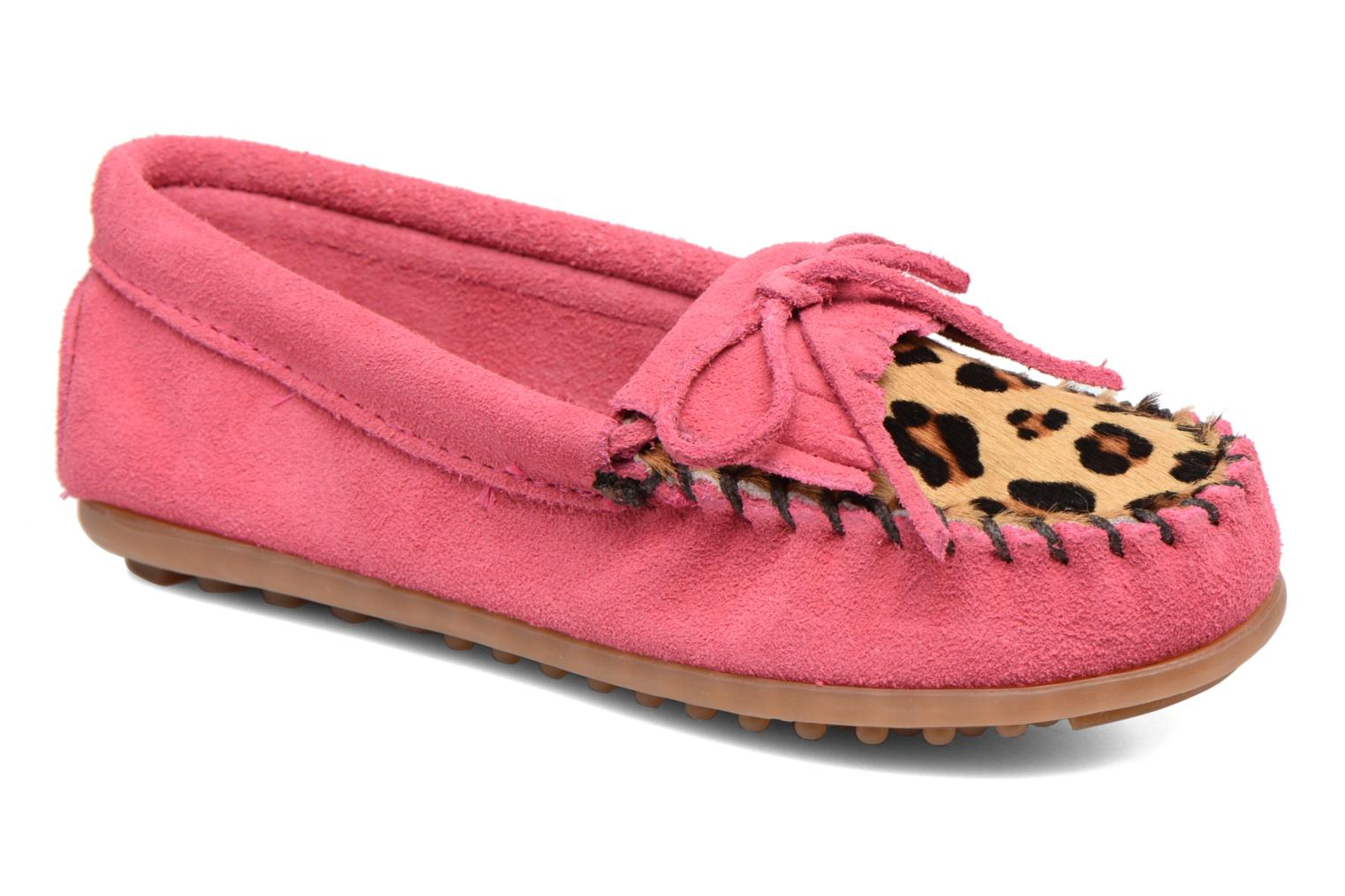 Loafers Minnetonka Leopard Kilty Moc G Pink detailed view/ Pair view