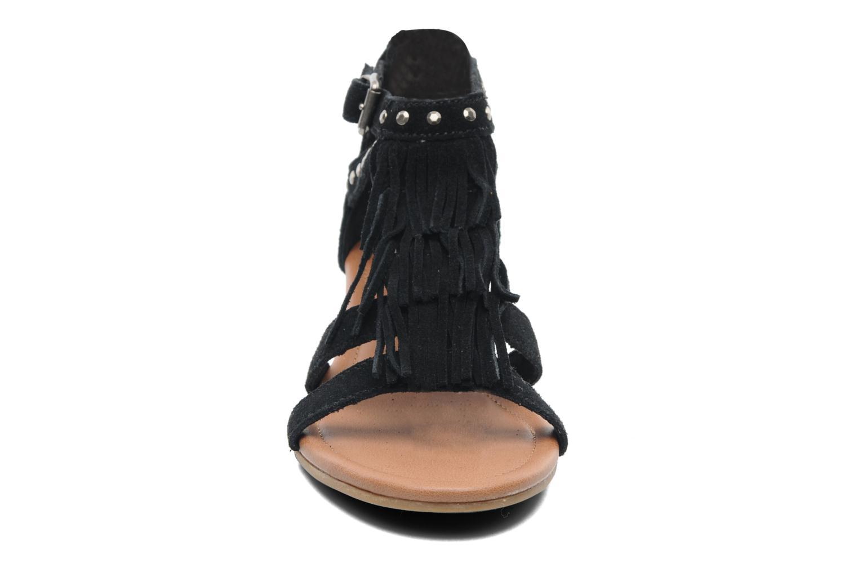 Sandals Minnetonka Monaco Black model view