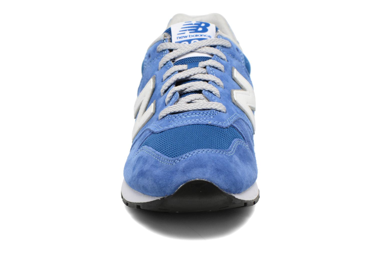 Deportivas New Balance MRL996 Azul vista del modelo