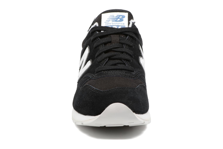 Sneaker New Balance MRL996 schwarz schuhe getragen