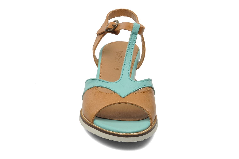 Sandales et nu-pieds Kickers Seshuan Vert vue portées chaussures