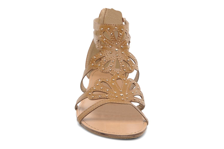 Sandales et nu-pieds Latinas Calla Marron vue portées chaussures