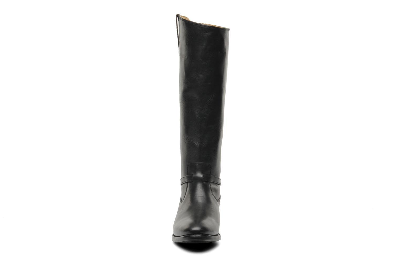 Bottes Frye Lindsay Plate Noir vue portées chaussures