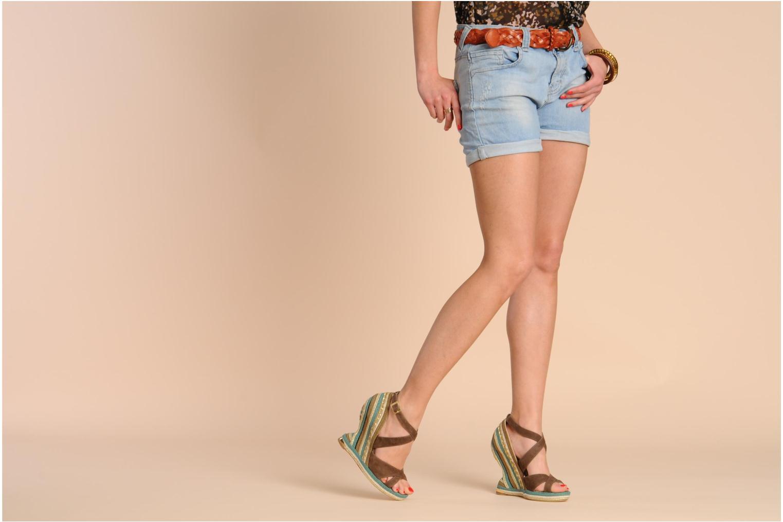 Sandales et nu-pieds Paloma Barcelo Mima Marron vue bas / vue portée sac