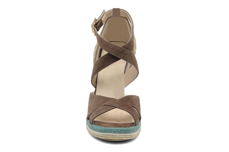 Sandales et nu-pieds Paloma Barcelo Mima Marron vue portées chaussures