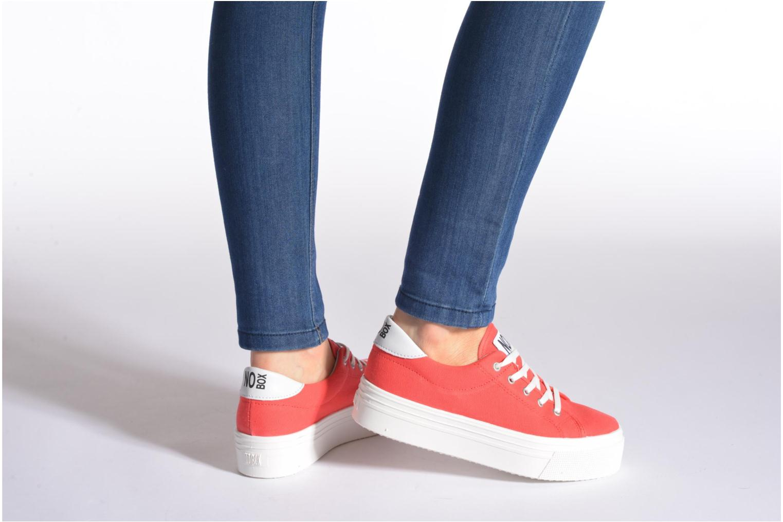 Sneaker No Box Alma rot ansicht von unten / tasche getragen