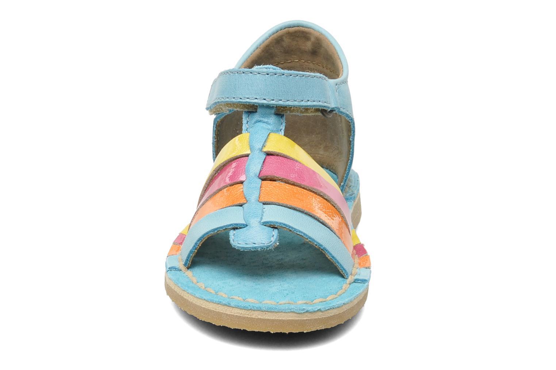 Sandales et nu-pieds Kickers Colmari Bleu vue portées chaussures