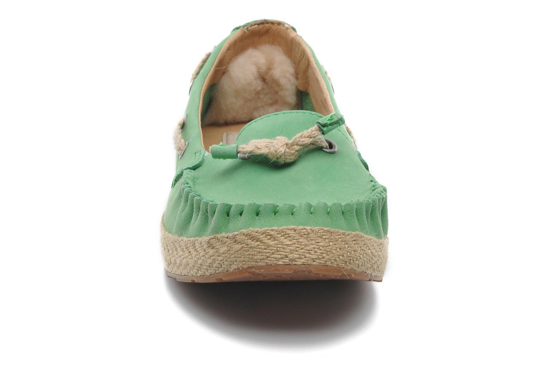 Slipper UGG Chivon grün schuhe getragen