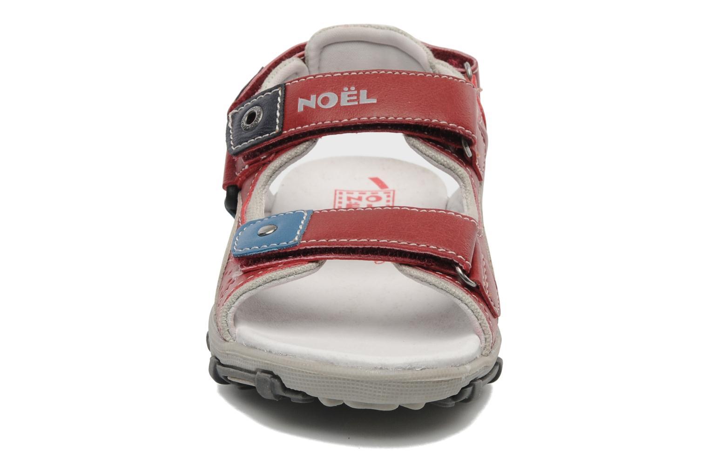 Sandales et nu-pieds Noël Isky Rouge vue portées chaussures