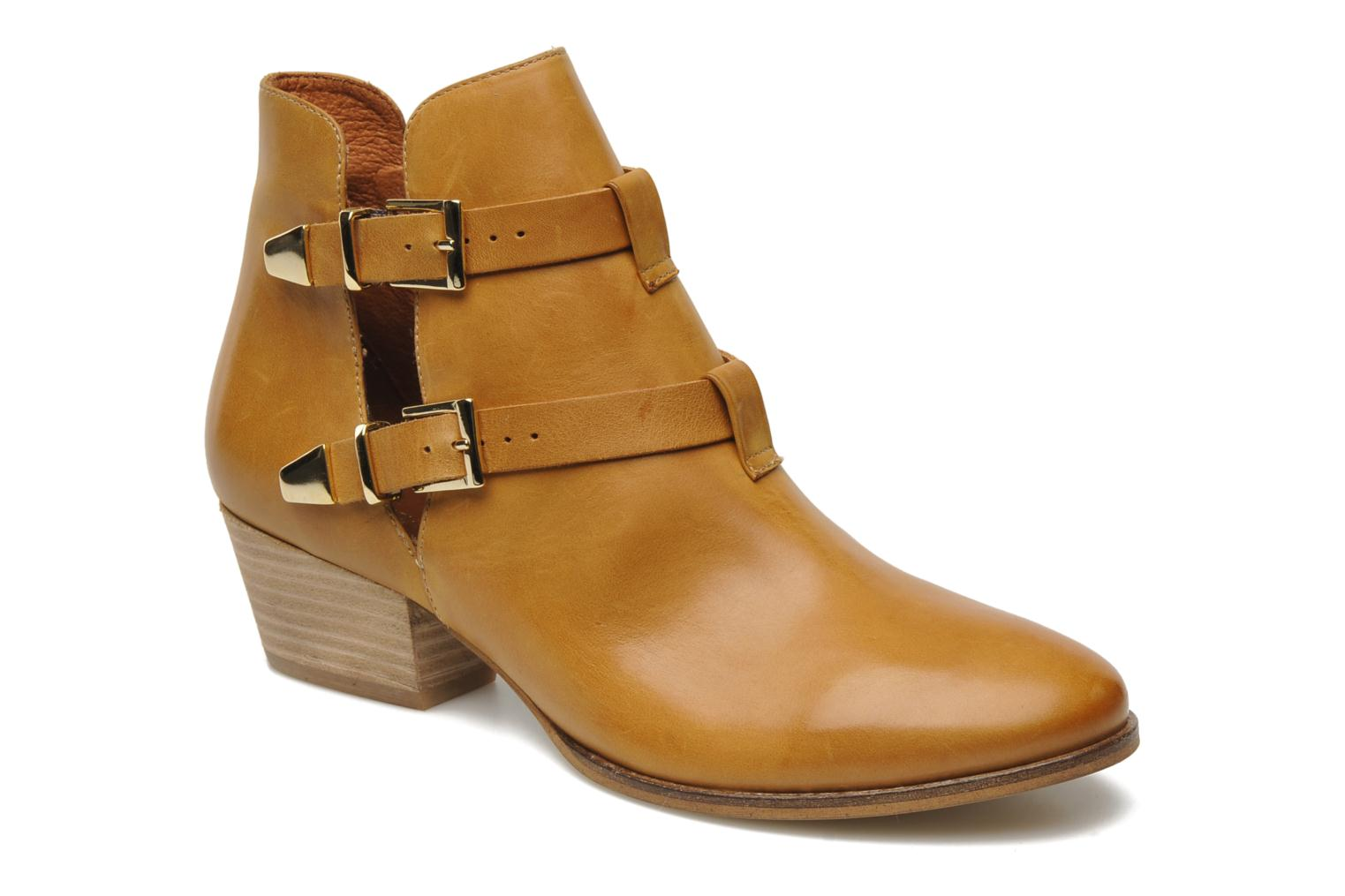 Ankle boots Georgia Rose Tatane Brown detailed view/ Pair view