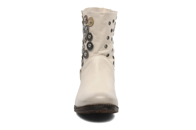Stiefeletten & Boots Khrio Bala beige schuhe getragen