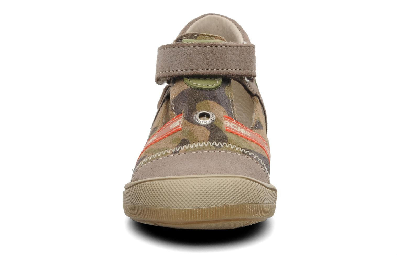 Sandales et nu-pieds Bopy BOMBER Marron vue portées chaussures