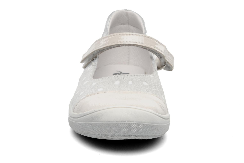 Ballerines Bopy SPOKY Argent vue portées chaussures