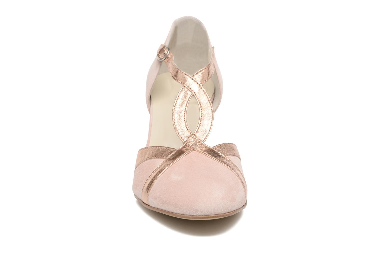 Zapatos de tacón Georgia Rose Titine Rosa vista del modelo