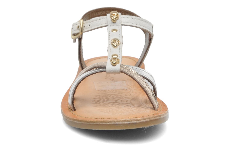 Sandalen Mod8 ZITOU weiß schuhe getragen