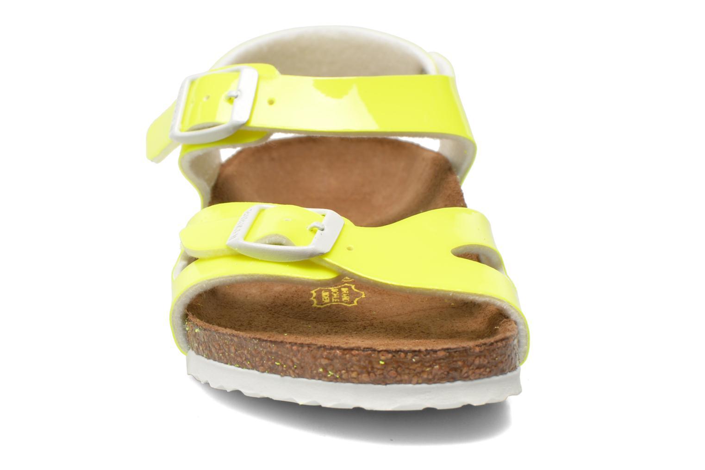 Sandales et nu-pieds Birkenstock Rio Birko Flor Jaune vue portées chaussures