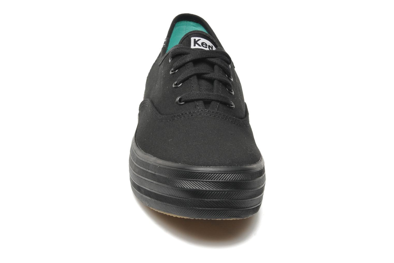 Baskets Keds Triple Noir vue portées chaussures