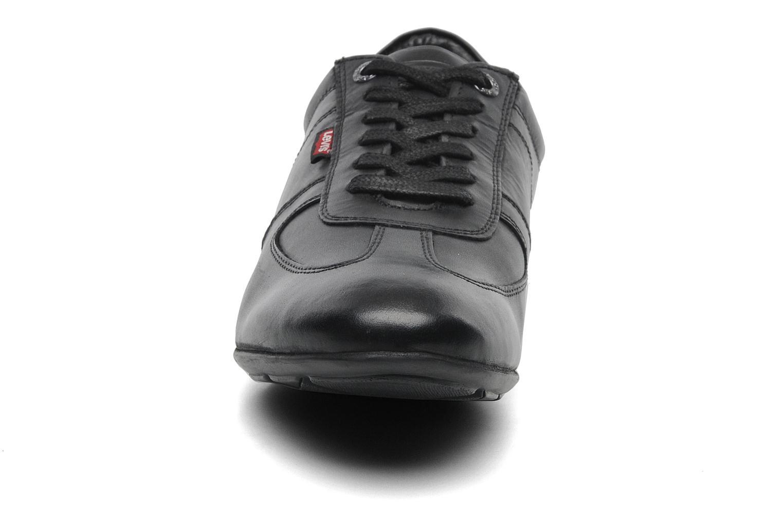 Baskets Levi's Chula Vista Noir vue portées chaussures