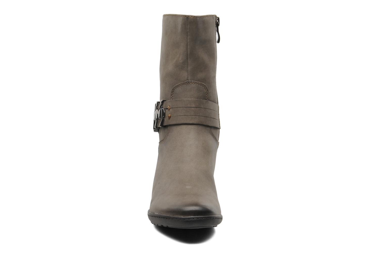 Boots en enkellaarsjes Caprice Janetti Bruin model