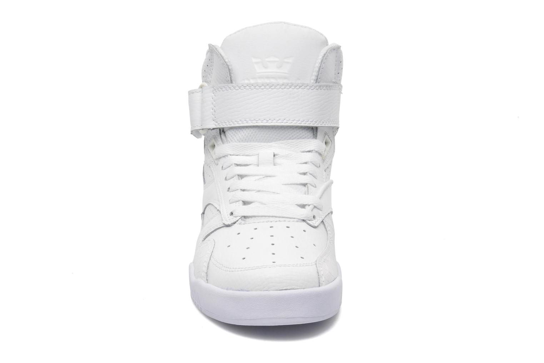 Baskets Supra Bleeker Blanc vue portées chaussures