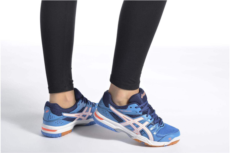 Chaussures de sport Asics Lady Gel-Rocket 7 Bleu vue bas / vue portée sac