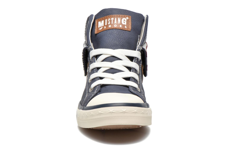 Baskets Mustang shoes Mathys Bleu vue portées chaussures