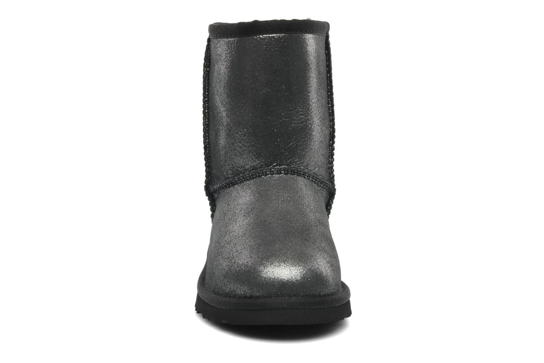 Bottines et boots UGG Classic Glitter K Argent vue portées chaussures