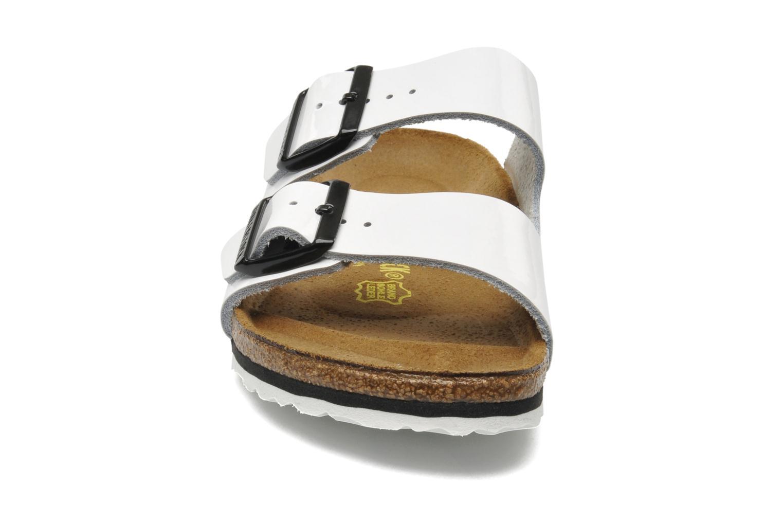 Mules et sabots Birkenstock Arizona Cuir W Blanc vue portées chaussures