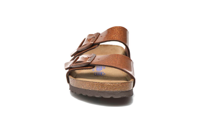 Clogs & Pantoletten Birkenstock Arizona Flor W braun schuhe getragen